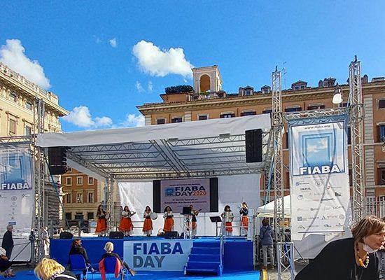 Foto del palco del FIABADAY a Piazza Colonna